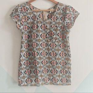 Japna sz s bold tribal print top with puffy sleeve